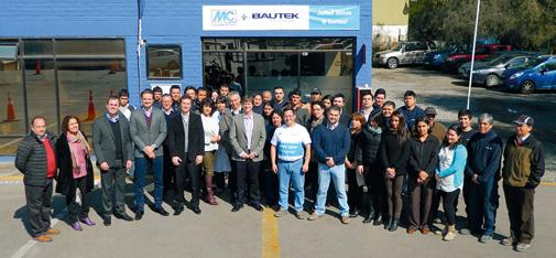 Group picture at the union celebration: Nicolaus Müller and Jacques Pinto, together responsible for the expansion of MC in South America, celebrated together with Bautek employees the merger of Bautek and MC-Bauchemie to form MC Bautek Chile.